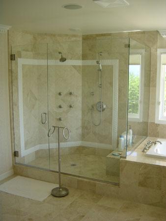thiết kế lắp đặt phòng tắm kính cao cấp giá rẻ tại hcm